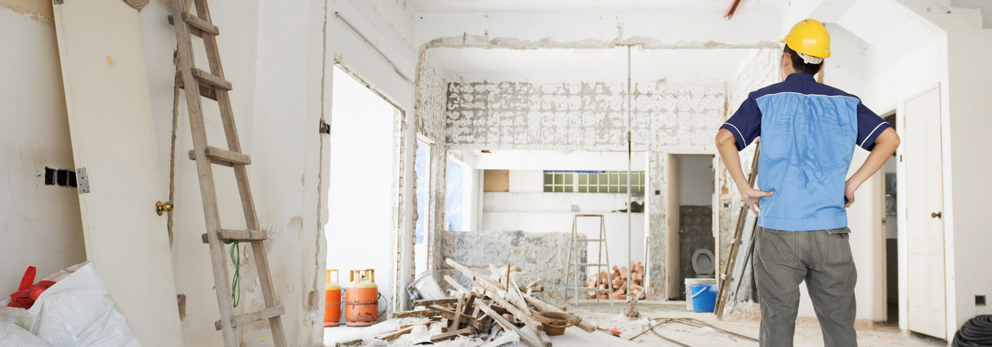 Building Renovating Property Checklist - Building looking at construction site